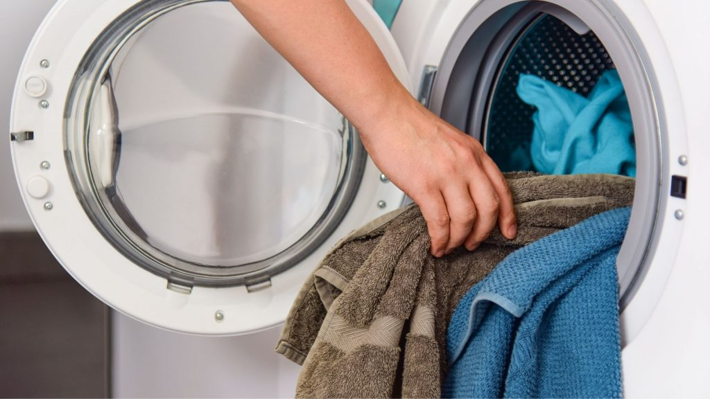 How Many Clothes Can Be Added in a 6.5kg Washing Machine