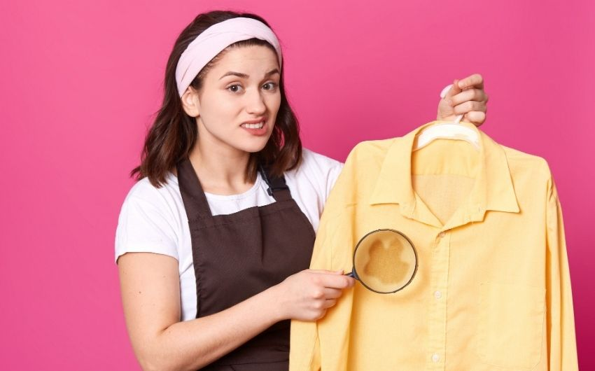 How To Remove Turmeric Stain From Clothes